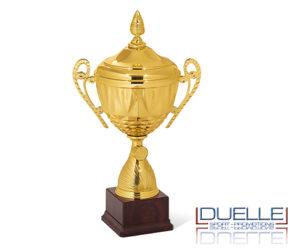 Coppa personalizzata premiazioni sportive dorata con manici