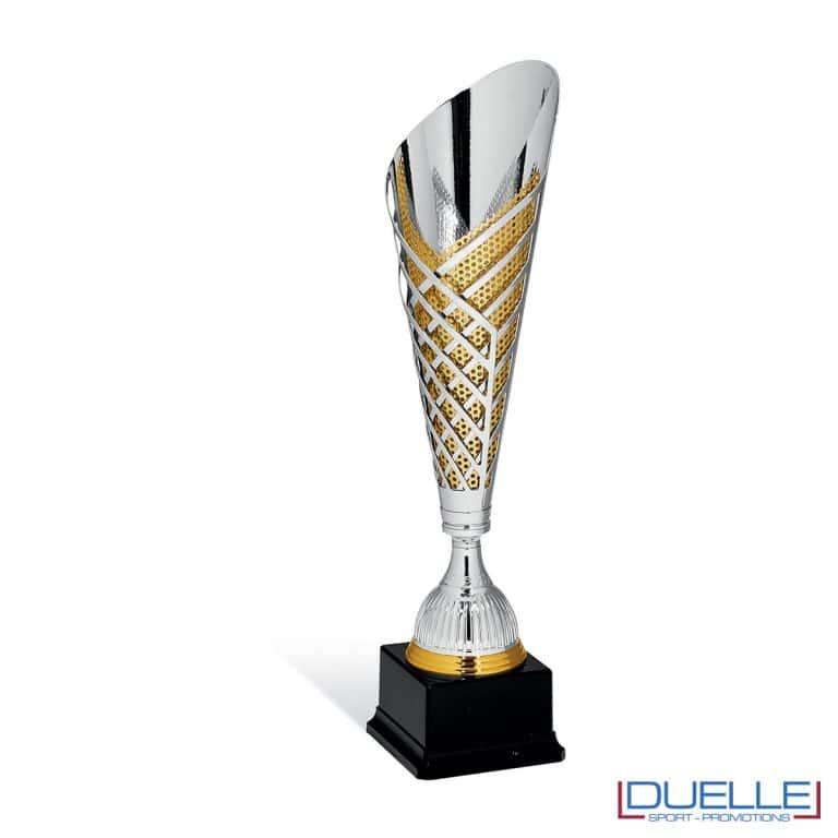 Coppa premiazioni gold slanciata e traforata da personalizzare